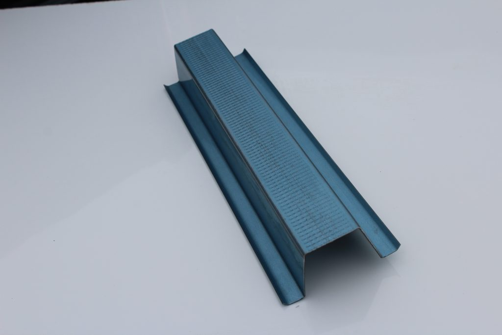 Top Hat Cyclonic Roof Batten